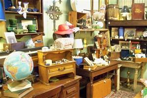 antique booth 4